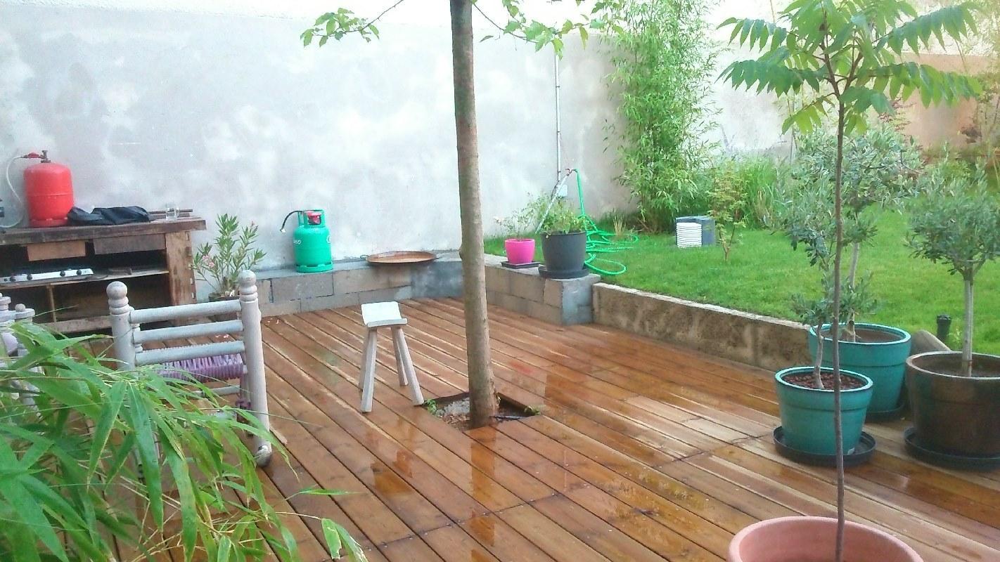 pose de terrasse en bois bron jfl paysage. Black Bedroom Furniture Sets. Home Design Ideas